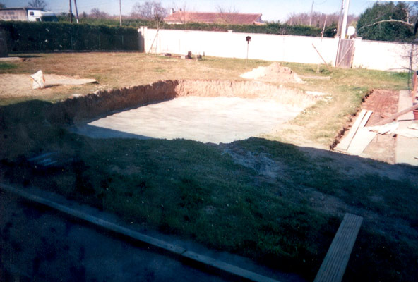 Piscine bois bordeaux for Ab construction piscine