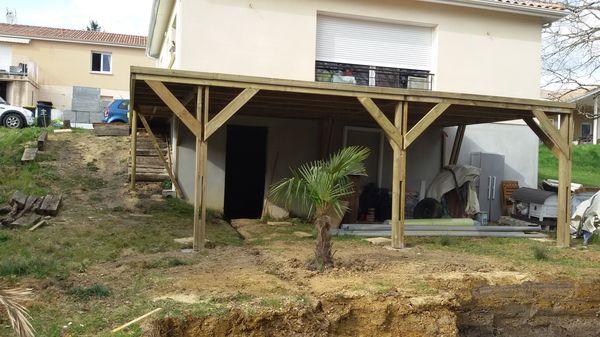 Boisylva aquitaine multiservices construction bois for Realiser une terrasse sur pilotis