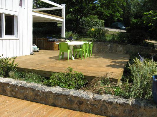 caillebotis bois pour terrasse pas cher diverses id es de conception de patio en. Black Bedroom Furniture Sets. Home Design Ideas